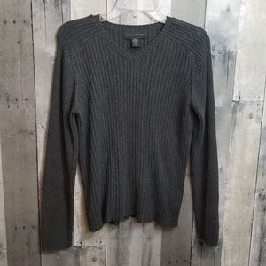 Banana Republic Grey Ribbed Pullover VNeck Sweater